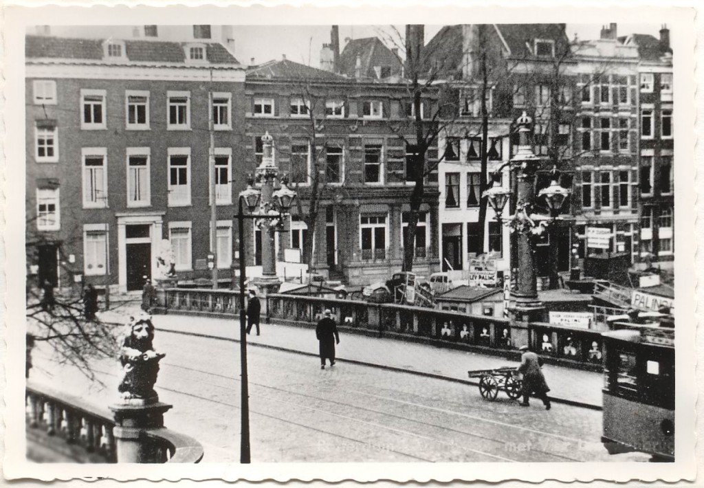 De Regentessebrug rond 1930.